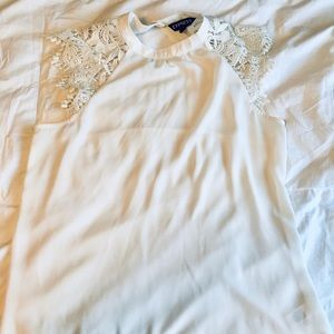 Express White Sleeveless Blouse with Lace